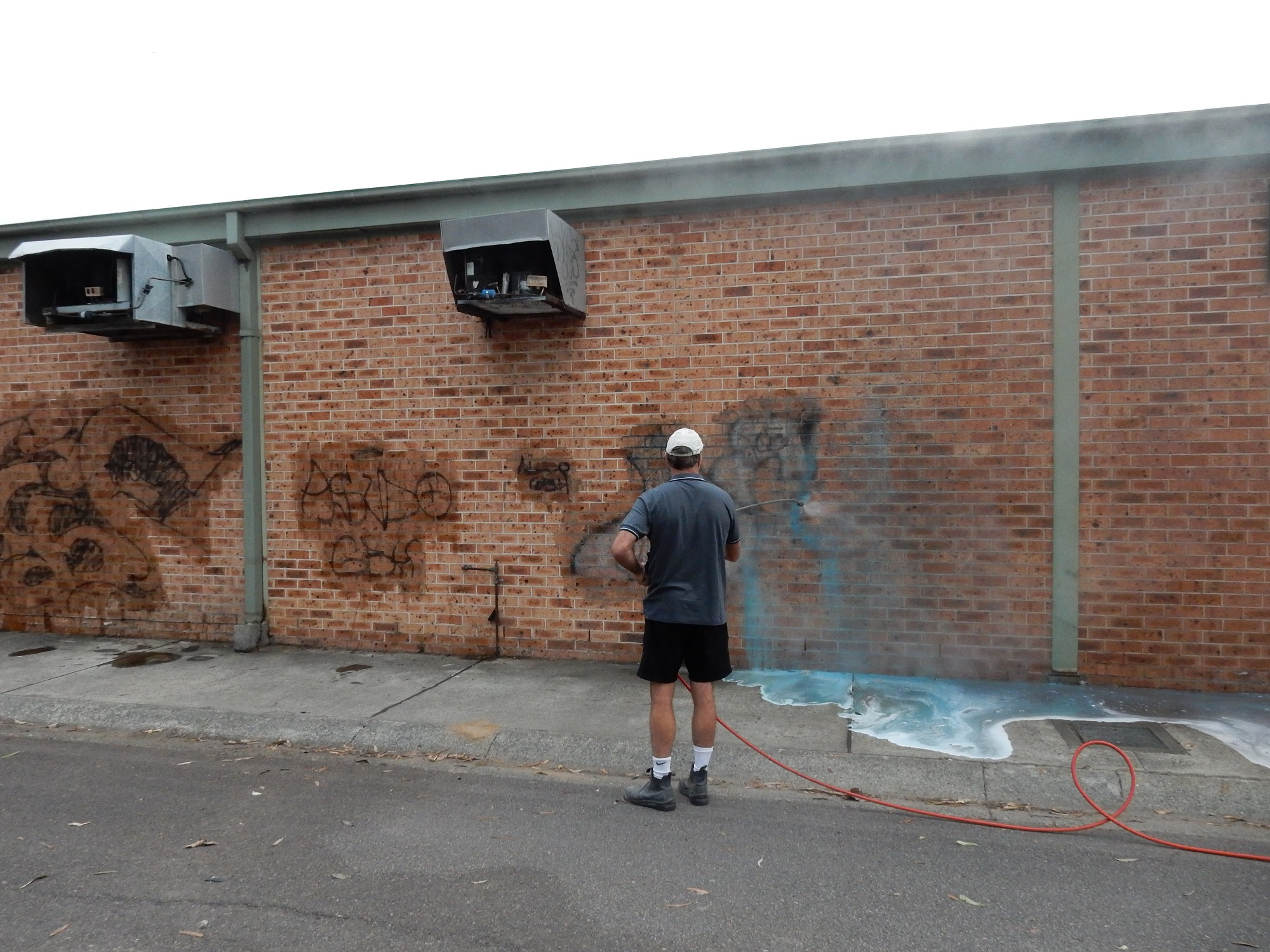 House Graffiti wall Removal